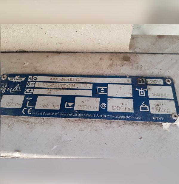 514-Pinza espolones para bobinas papel, modelo 100D73916R1, marca Cascade